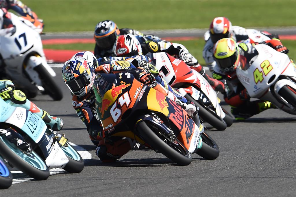 Sunny Silverstone shines orange with Espargaro 11th on first visit